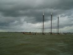 Charterschip Almere gezonken op het Markermeer. KNRM Enkhuizen 19-09-2007