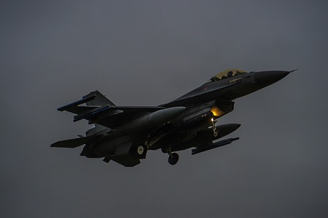 F-16 nachtvliegen