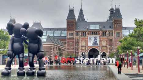 Gemeente Amsterdam raadt mensen af naar Amsterdam te reizen als het niet nodig is #OVstaking