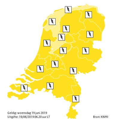 KNMI: Code Geel - kans op zware onweersbuien
