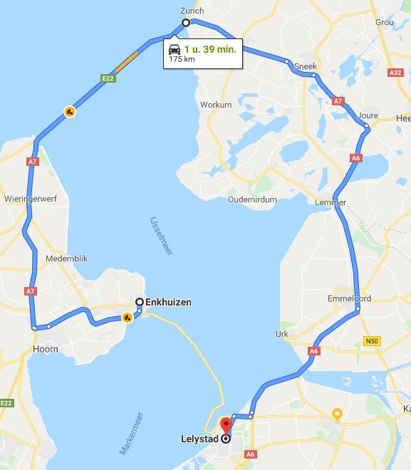 Terugkerend probleem van zand op N307 dijk Enkhuizen-Lelystad