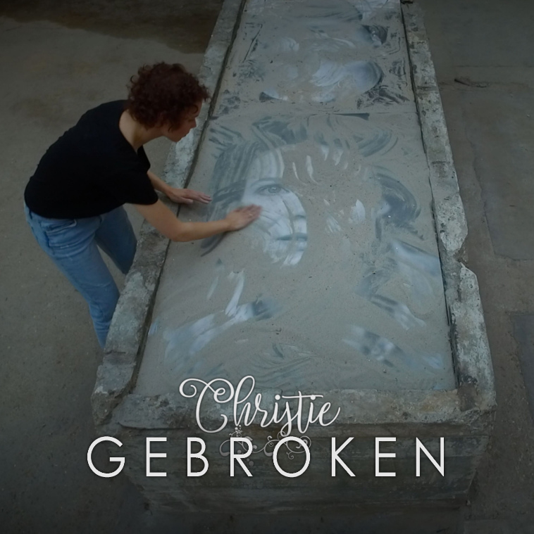 Christie's nieuwe videoclip opgenomen in Museum of Humanity