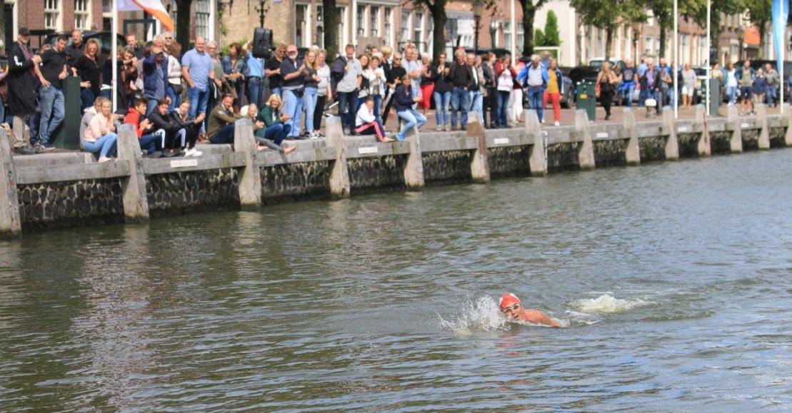 Geslaagd gouden jubileum IJsselmeer Zwemmarathon Stavoren-Medemblik
