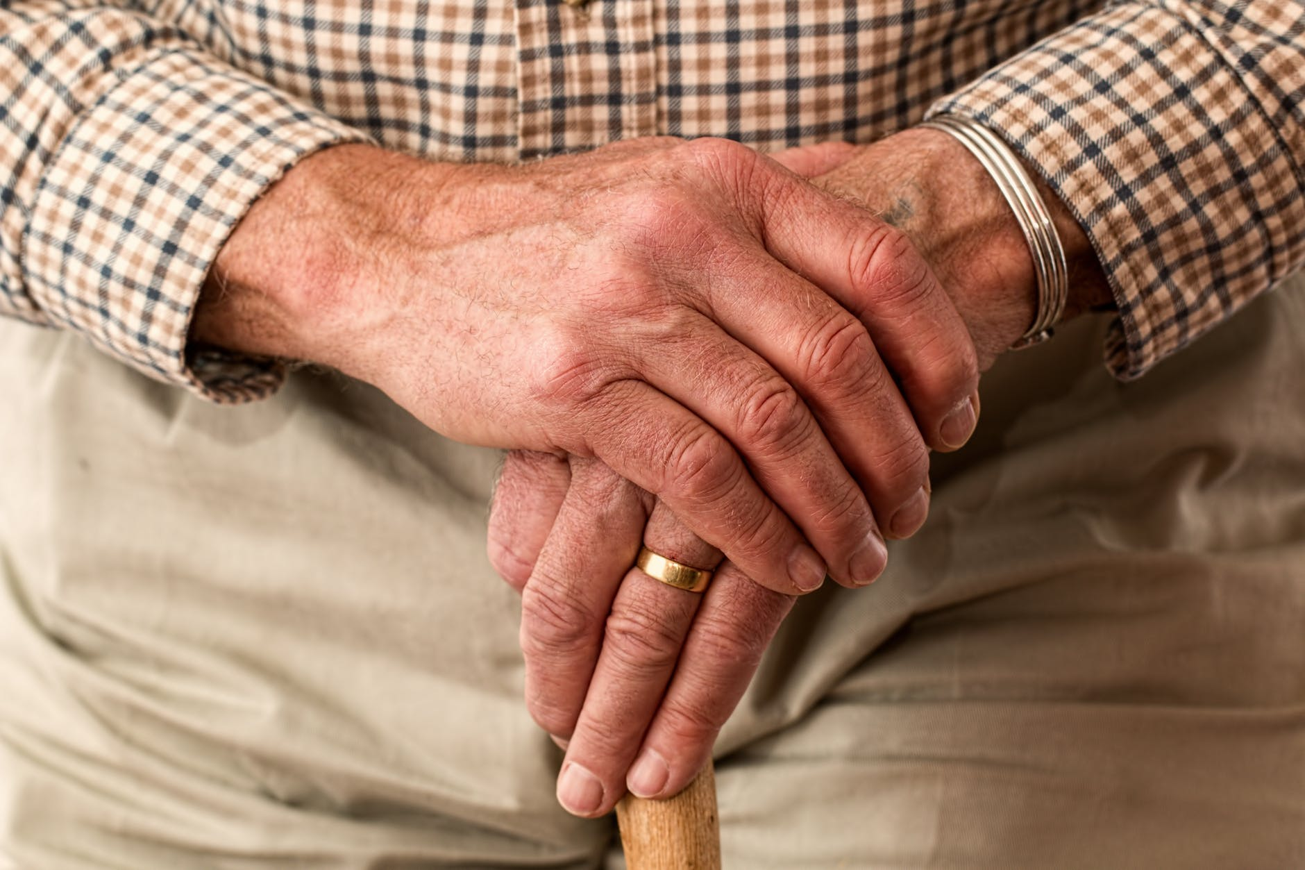 Hoe ouder men wordt, hoe lager de neiging te verhuizen  - Tot 69 jaar wel bereid te verhuizen en op korte termijn