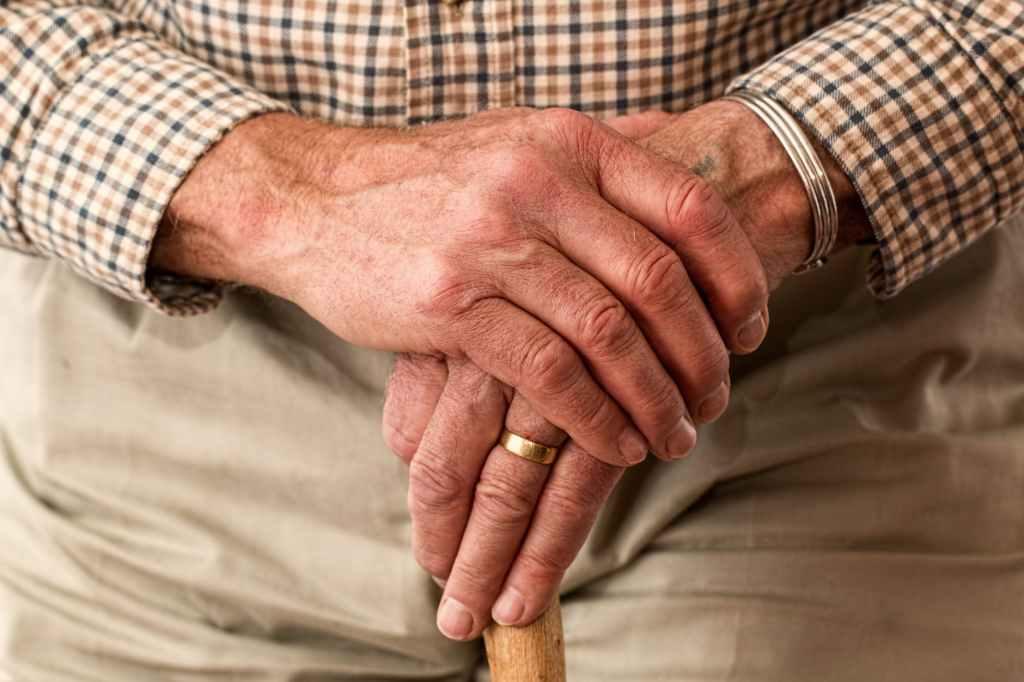 Alzheimer Nederland: (resultaten peiling) meer ondersteuning thuis nodig
