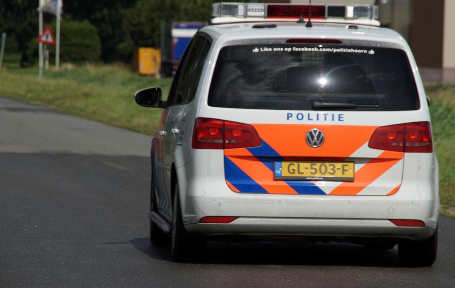 De politie zoekt getuigen van zware mishandeling in Hoorn | Foto: © CAPAND