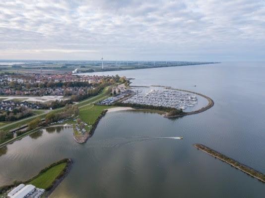Ruim 300 belanghebbenden in gesprek over toekomst Noord-Hollandse IJsselmeerkust