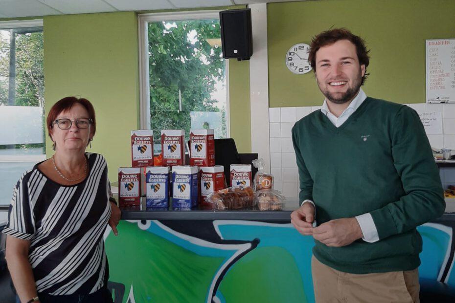 Hart voor Medemblik sponsort jaar lang de koffie voor de Huiskamer van Andijk!