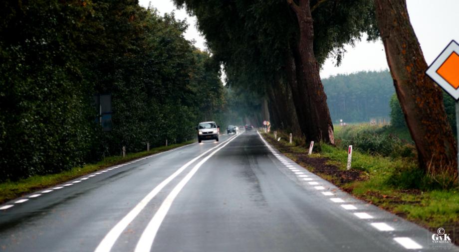 Dijkgraaf Grootweg weer open... Andijk - foto ...... © G, van Keulen
